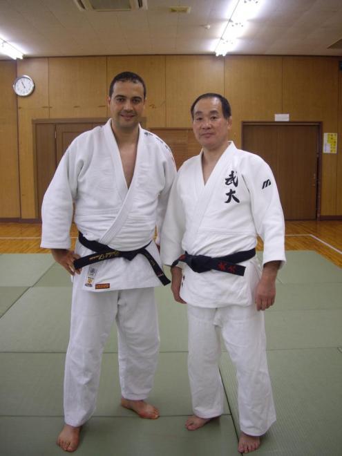 Maitre Katsuhiko Kashiwazaki(8e DAN)